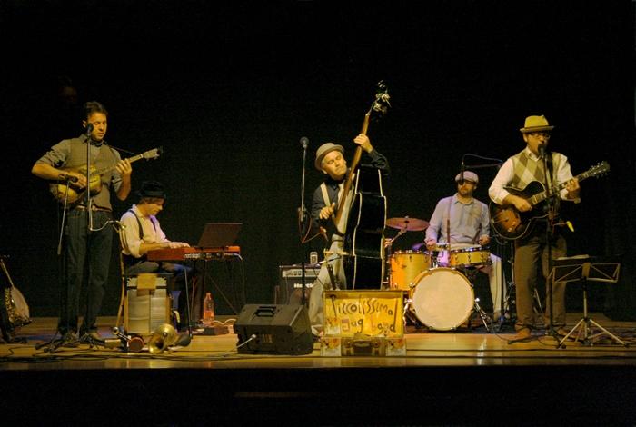 Piccolísima Jug Band